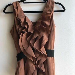 Blouse w/ ruffled front